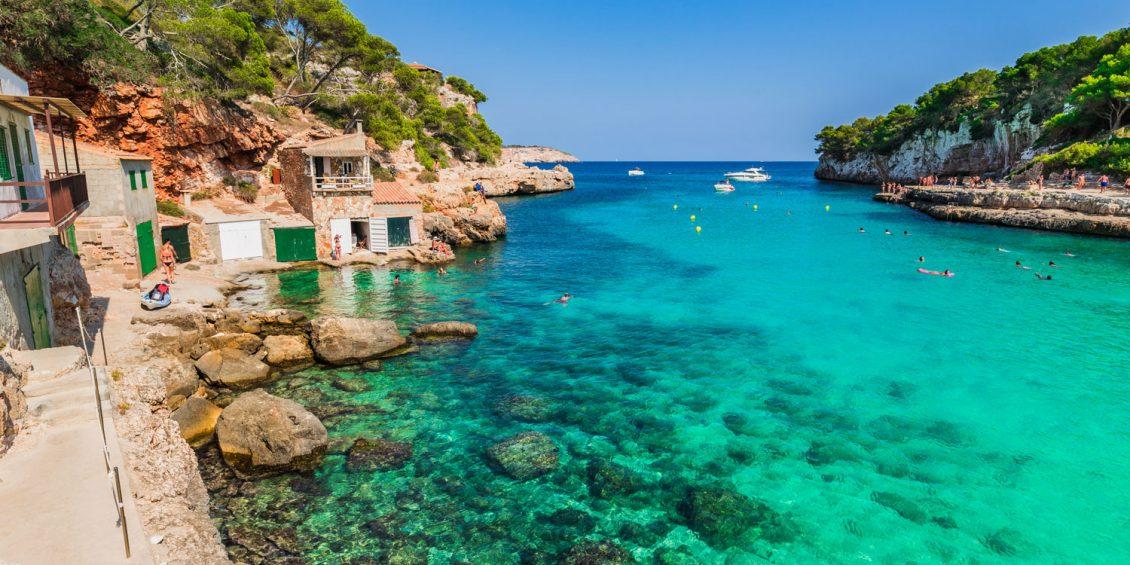 Leuchtturm, Palast und Buchten: Mallorca umsonst