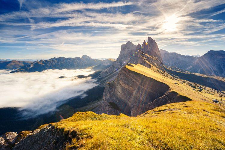 Das Wetter ist in den Bergen oft besser als in der Ebene.
