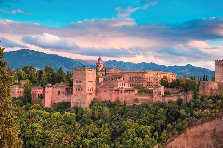 Gigantische Alhambra