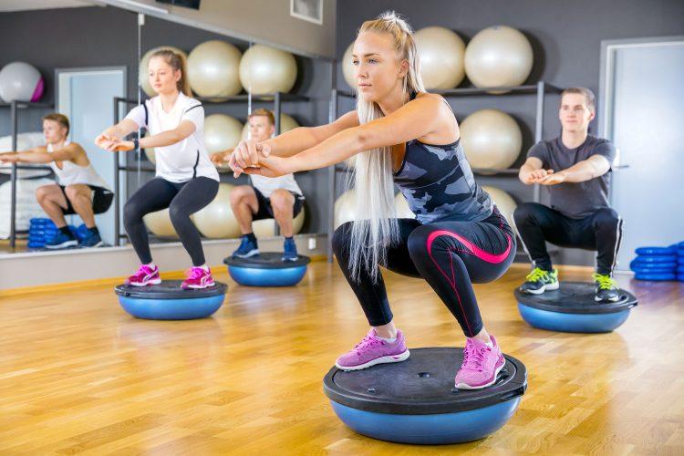 Gleichgewicht und Kraft trainieren