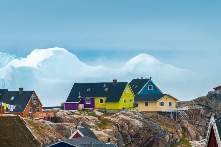 Bunte Häuser auf Grönland