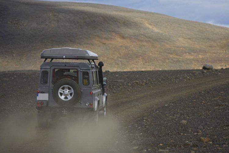 Ein Jeep ist in Island unerlässlich