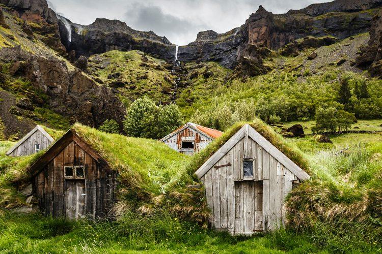 Rasen-Häuser Island