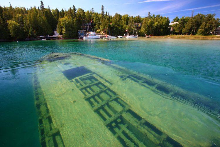 Schiffswrack im Lake Huron in Kanada