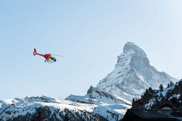 Das Matterhorn aus der Luft bewundern