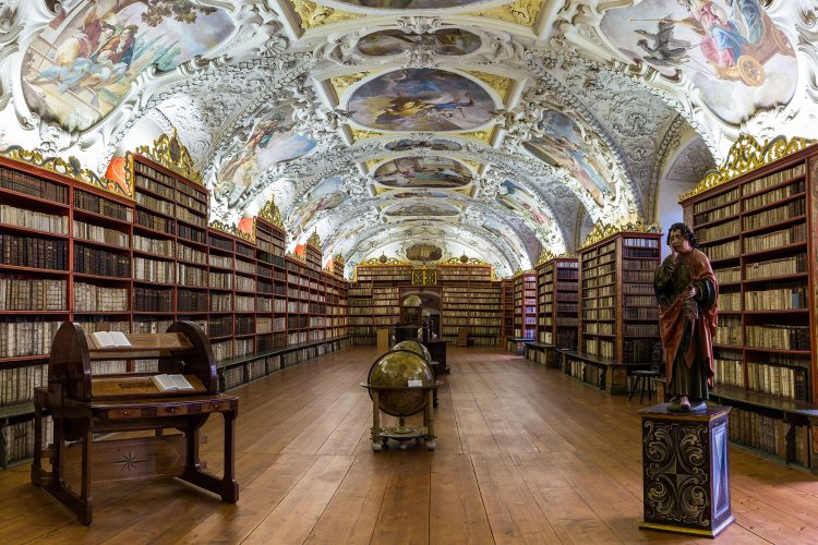 Beeindruckende Bibliothek
