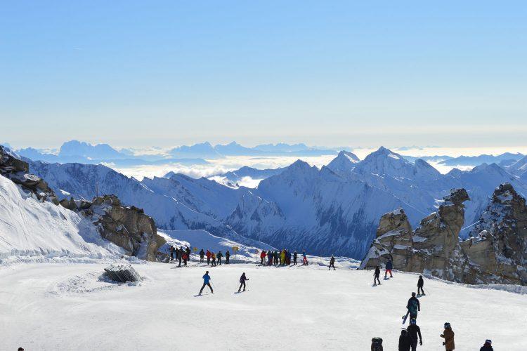 Den Berg hinab? Geht auch mit einem Snow-Scooter