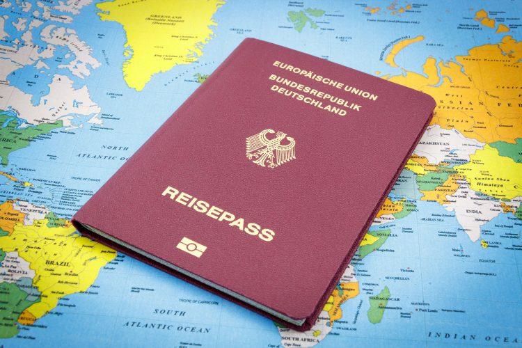 Immer dabei: der Reisepass