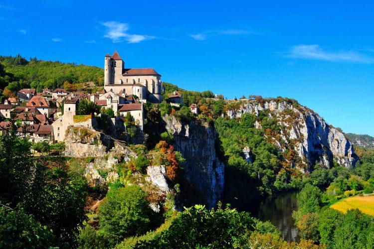 Saint-Cirq-Lapopie an den Klippen