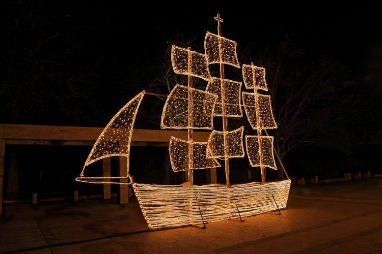 Weihnachtsschiff in Griechenland