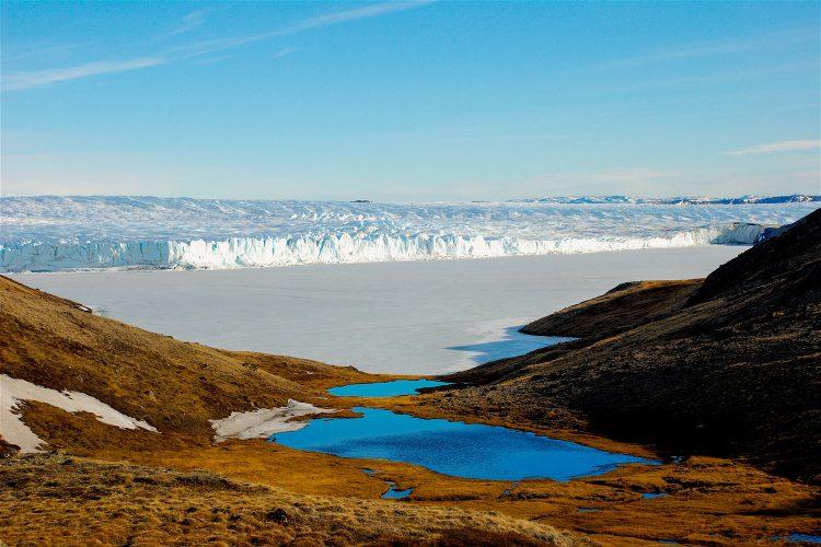 Eis und Schnee am Polarkreis in Grönland